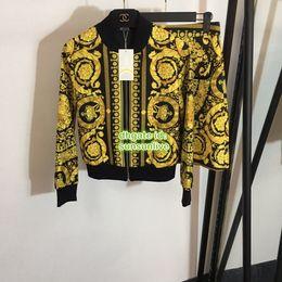 High-end Custom Women's Blazer Jacket Paris Fashion Week High Quality Jacket Coat Shirt+Skirt Suit Sport Set 11015