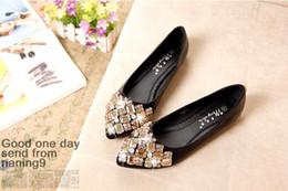 pisos de punta de diamante Rebajas Zapatos de mujer de moda Zapatos planos de dedo del pie puntiagudo de diamantes de imitación Mujeres Arco con diamantes Zapatos de vestir de mujer
