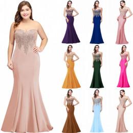 Mulher mais vestidos longos formais on-line-Barato 2019 Plus Size Sereia Vestido de Noite Apliques de Ouro Longo Formal Mulheres Partido Prom Vestidos Robe De Soiree Longue CPS262