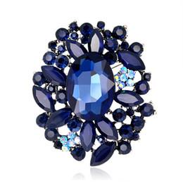 2018 Moda Azul Oscuro Cristal Broches para Las Mujeres Ramo de la Boda Chaqueta de Mezclilla de Color Rhinestones de Color Plata Broches desde fabricantes