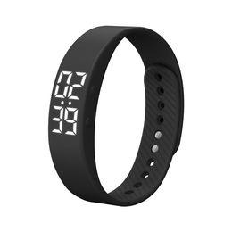 Цифровые ленты онлайн-Smart Watch Monitor 4Colors Bracelet Watches Wristband Sports Outdoor Digital Bracelet Sleep Tracker Fitness Bands 2018 New