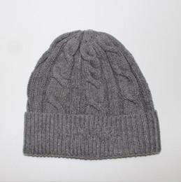 Franja de veludo on-line-Logotipo famoso mens chapéu do desenhador chapéu gorro de inverno gorro de lã tricotada além de gorros de veludo gorro Mais Grosso máscara Fringe gorros para homens