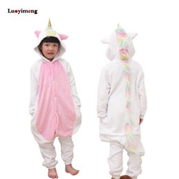 47729774337b4 Nouveau Pyjama Unisexe Enfants D hiver Flanelle De Bande Dessinée Licorne  Onesie Licorne Point Costume Enfant Garçons Filles De Noël Homewear Pyjama  pyjamas ...