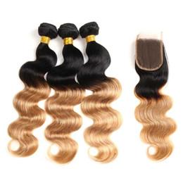 Kapatma Ile brezilyalı Sarışın Renkli Saç Örgü Demetleri Vücut Dalga 1B / 27 Ombre Brezilyalı Bakire Saç 3 Demetleri Ile 4 * 4 Dantel Kapatma Uzatma cheap omber hair weave nereden ince saç örgüsü tedarikçiler