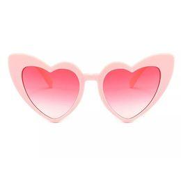 модные солнцезащитные очки сердце для женщин уникальный кошачий глаз Солнцезащитные очки черный розовый красный в форме сердца солнцезащитные очки для женщин uv400 от Поставщики кошки глаза формы солнцезащитные очки