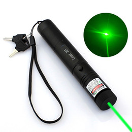 Wholesale laser line green - High Power Adjustable Zoomable Focus Burning Green Laser Pointer Pen 301 532nm Continuous Line 500 to 10000 meters Laser range 70PCS LOT