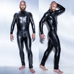 2018 New man catsuit de látex de cuero Sexy Body de Teddy negro brillante Erotic Lingerie Bodysuits Zentai Body Wear de One Piece jumpsuit desde fabricantes