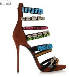 Strass de sandálias strappy on-line-Studded Rhinestone Shells Gladiador Sandálias Com Strappy Estilo Roma Sapatos de Salto Alto Mulheres Sapatos Sexy Stiletto Heels Mulheres Bombas