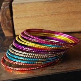 Canada Boîte de nuit style indien brillant magie bohème exotiques main anneaux bonbons colorés 12 cercles / ensemble bracelets bracelets bijoux ethniques cheap indian style ring bracelets Offre