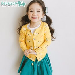 Wholesale Sweaters Korea - Princess New 2018 Cardigans For Girl Long Sleeve Sweater Tops Korea Girls Pure Cotton Knit Flower Cardigan Soft Top Coats Yellow A8449
