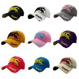 Wholesale free baseball bats - Sun Shading Peaked Cap Men Women Visor Hat English Letter Bat Baseball Caps For Outdoor Sports Travel 8gd B