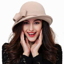 Nuovo arrivo Cappello di lana Autunno Inverno Noble europeo americano  elegante ragazze Fashion Cap signore Benna cappello donna lana Fedora 88862daa6ebb