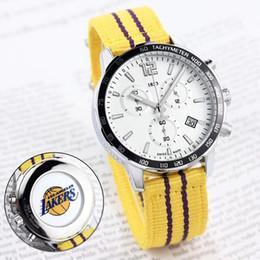 HOT hommes conception de montres de sport pour les fans de l'équipe de basket-ball toutes les montres de travail de travail montres à quartz date 1853 bracelet bracelet ? partir de fabricateur