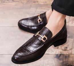 95254f6f9dfa82 keil oxfords Rabatt 2019 Männer Luxus Designer Straße Trendy Gentleman  Oxfords Schuhe Heimkehr männlich Hochzeit Abschlussball