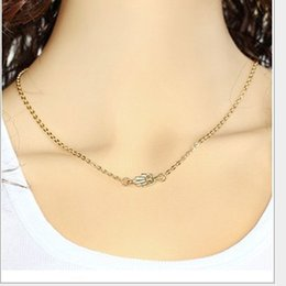 Wholesale Hand Fatima Jewelry - Foreign trade jewelry Europe and the United States personality simple Fatima hand short necklace necklace