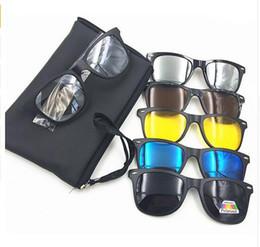 Clip gafas de visión nocturna online-Elegante Nuevo 5 en 1 Hombres Gafas de Sol Magnéticas Polarizadas Clip TR90 Retro Gafas de Visión Nocturna de Conducción Gafas Ópticas Con Bolsa
