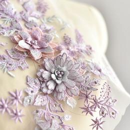 Canada Coloré fleur strass broderie stéréo 3D patch en dentelle avec perle robe de mariée DIY dentelle applique accessoires T026 Offre