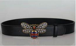 2017 de alta calidad pequeño bronce rojo abeja cinturón hombres diseñador de moda clásico de negocios cinturón de hebilla de cinturón entrega gratuita desde fabricantes
