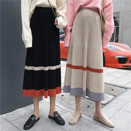 60e350654 Otoño Invierno Negro Suave Punto de Color Bloque Media pantorrilla Plisado  A-Line Falda 2018 Vintage Mujeres Faldas Falda Elástica de cintura alta  black ...