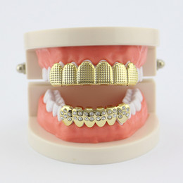 Wholesale grill accessories wholesale - Hip Hop Lattice Carved Rhinestone Dental Grillz Gold Plated Copper Teeth Grillz Jewelry Set For Women Men 2018 Fashion Accessories Wholesale
