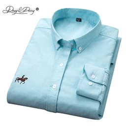 Wholesale oxford shirts clothing - DAVYDAISY High Quality Cotton Oxford Men Shirt Turn Down Collar Long Sleeved Solid Print Casual Brand Clothing Male Shirt DS148