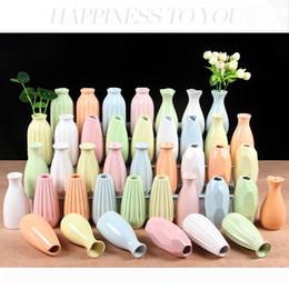 2019 vases en bois Vase à fleur en céramique artisanale chinoise, petit vase à fleur en céramique en forme de bourgeon, unique vase floral décoratif à fleur unique pour la décoration intérieure