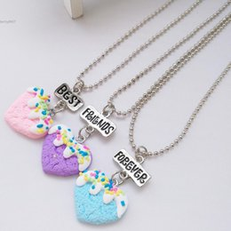 Wholesale Bead Jewerly - 2018 New Designer Heart Girl Best Friends Gifts Beads Chain Pendants Necklace Jewerly Sets Alloy Soft Clay