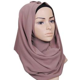 Bufanda de perlas musulmanes online-Monochrome ethnic pearl chiffon bubble toalla diadema alta calidad mujeres musulmanas hijab Bufandas