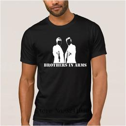 f9ad9e3521 La Maxpa Personagem irmãos casuais nos braços t shirt 2017 t-shirt gráfico  dos homens de lazer dos homens t-shirt de manga curta cor sólida