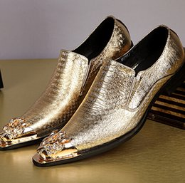 wedding shoes studs 2018 - New Shiny Gold Patent Leather Wedding Men Oxfords Shoes Slip On Metal Crystal Stud Toe Pointy Dress Shoes Luxury Wedding