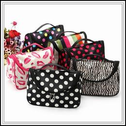 Wholesale Cheap Wholesale Clutches - Cheap Zipper Makeup Clutch Women's Travel Cosmetic Bag Cartoon Dots Waterproof Make Up Pouch CCA8960 60pcs