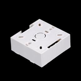 2019 casella 86 Presa di plastica Presa scatola posteriore Pratico 86 Cassette Scatola di montaggio a parete bianca universale per interruttore a parete casella 86 economici