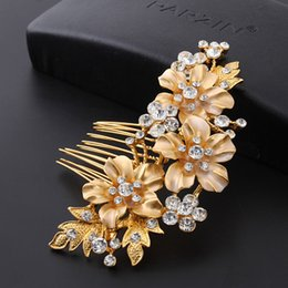 Wholesale Wholesale Vintage Hair Pins - Wedding Bridal Hair Combs Vintage Crystal Hairpins Prom Jewelry Gold Silver Flower Pattern Hair Accessories Pins Women