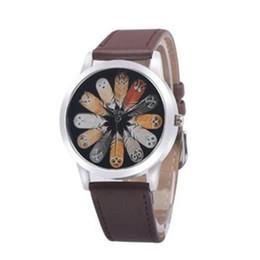 Argentina Popular Moda de lujo Unisex Búho Pluma Cuarzo Dial redondo Escuela Reloj de pulsera Accesorio para parejas NUEVO CALIENTE supplier wrist watch accessories Suministro