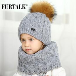 FURTALK 5-10 anni lana bambino cappello sciarpa invernale set per ragazze e  ragazzi vera pelliccia cappelli pom pom e sciarpe a sfioro SFFW032 6b8086aa7ee8