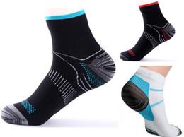 Wholesale Fatigue Running - Unisex Compression Ankle Socks Men Anti-Fatigue Plantar Fascia Sport Running Short Sock High Elastic Keen Socks 3 Color For Men Women QPB