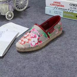 lowest price e9e25 862bf 2019 nouvelle impression de chaussures de toile 2018 nouvelle arrivée femmes  mode rouge rose fleurs blooms