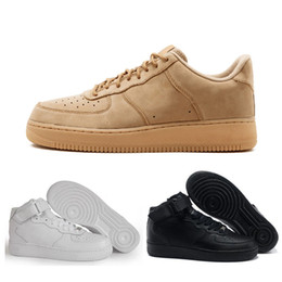 Force 1 One chaussures de sport pour hommes Triple noir blanc couleur du bois Classique Style simple chaussures de designer de luxe pour femmes de haute qualité pas cher vente ? partir de fabricateur