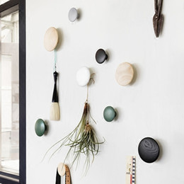 Wholesale handmade wooden buttons - Customized Wall decoration creative fashion wooden mural round hook pin simple Handmade Decorative button home decoration