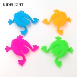 Wholesale goody bags - 30PCS 2 Inch Jumping Frog Hoppers Game Kids Party Favor Birthday Party souvenir Toys for Girl Boy Goody Bag Pinata Fillers