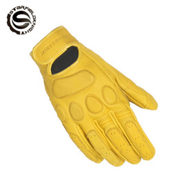 leather motorcycle gloves yellow Promo Codes - Retro Pursuit Perforated Real Leather Motorcycle Gloves Waterproof Gloves Motorcycle Protective Gears Motocross Glove SKG-531