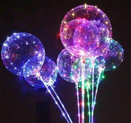 2019 globos de aluminio de aluminio al por mayor Moda luminosa LED globo transparente coloreado parpadeando globos de iluminación con 70 cm poste decoraciones del banquete de boda suministro de vacaciones