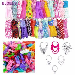 Wholesale Kids Wool Clothes - Random 30 PCS   Lot = 12x Mixed Style Mini Dresses + 12x Shoes + 6x Necklaces Clothes For Barbie Doll Accessories Kids Gifts Toy