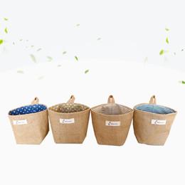Cubiertas de macetas online-No tejido Frabi Art Jute Bundle Pocket Muebles para el hogar Textiles Bolsas de almacenamiento Flower Pot Cover Bolso colgante Decoración de escritorio 5 2xy jj