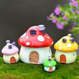 2019 artigianato della bambola diy FAI DA TE Micro Mushroom House Resina Artigianato Mini Paesaggio Casa Casa delle Bambole Fata Decorazione del Giardino Bonsai Decor Ornamenti ZA5878 sconti artigianato della bambola diy