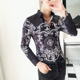 Camisa coreana on-line-Camisa barroca Homens Paisley Impressão Slim Fit Camisa Dos Homens 2018 Outono Manga Comprida Chemise Homme Manche Longue Flor Coreano