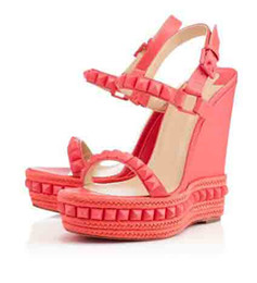 Wholesale sexy summer wedges - Luxury designers sexy women shoes brand summer red bottom sandals cataclou Wedges sandals with rivets wedding pumps woman shoes