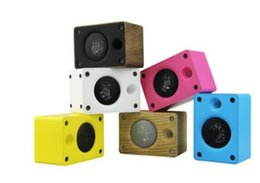 Wholesale gifts stands - New creative wooden Bluetooth speaker, card phone, subwoofer, audio gift speaker.