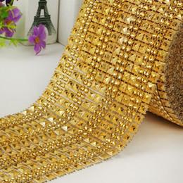 Decorações de casamento de diamantes de plástico on-line-Ouro imitação de diamante MOQ 10yards DIY decorações da festa de Plástico galvanizado broca de malha sparkle bling fita Decorações Do Casamento WT078
