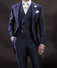2020 военно-морской костюм итальянский Latest Coat Pant Designs Formal Navy Blue Italian Tailcoat Vintage Mens Blazer Jacket Wedding Suits for Men Party 3 Pieces дешево военно-морской костюм итальянский